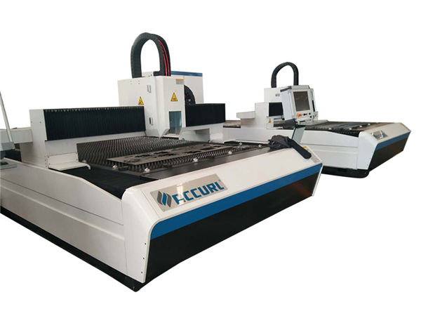 แผ่นโลหะอุตสาหกรรมเครื่องตัดเลเซอร์ 500w ระบบป้องกันตู้